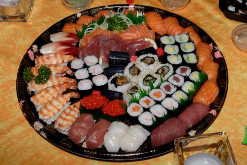 plats de sushi