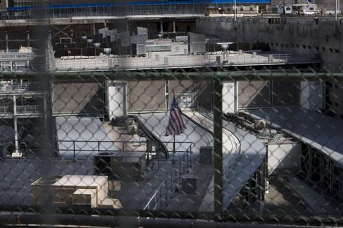Grounz Zero - New York - United States - Twin Towers - Flag