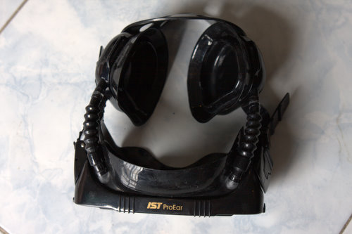 Pro Ear 2000 or IST Pro Ear Diving Mask for dry ears