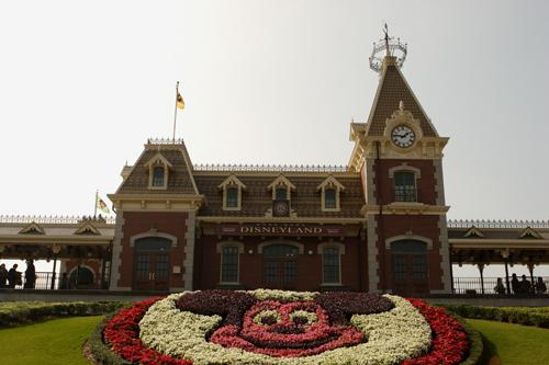 Disneyland Resort HongKong - Mainstreet train station and Mickey flower picture